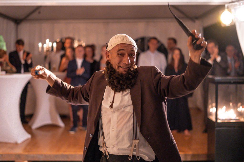 Komiker Georg Leiste auf einer Hochzeit