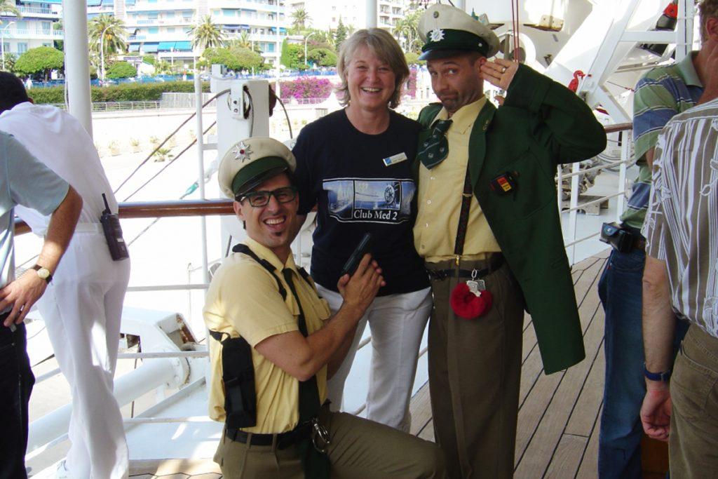 Reisende Tébé & Leiste auf der MS Club Med