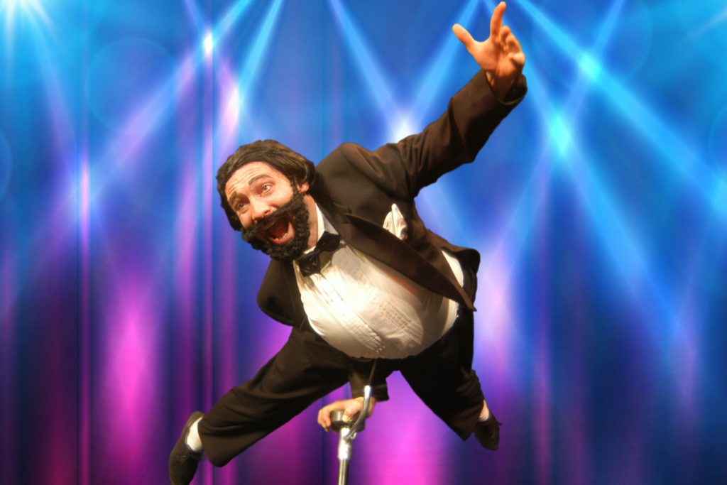 Akrobatik Comedy-Show Parmarotti alias Georg Leiste